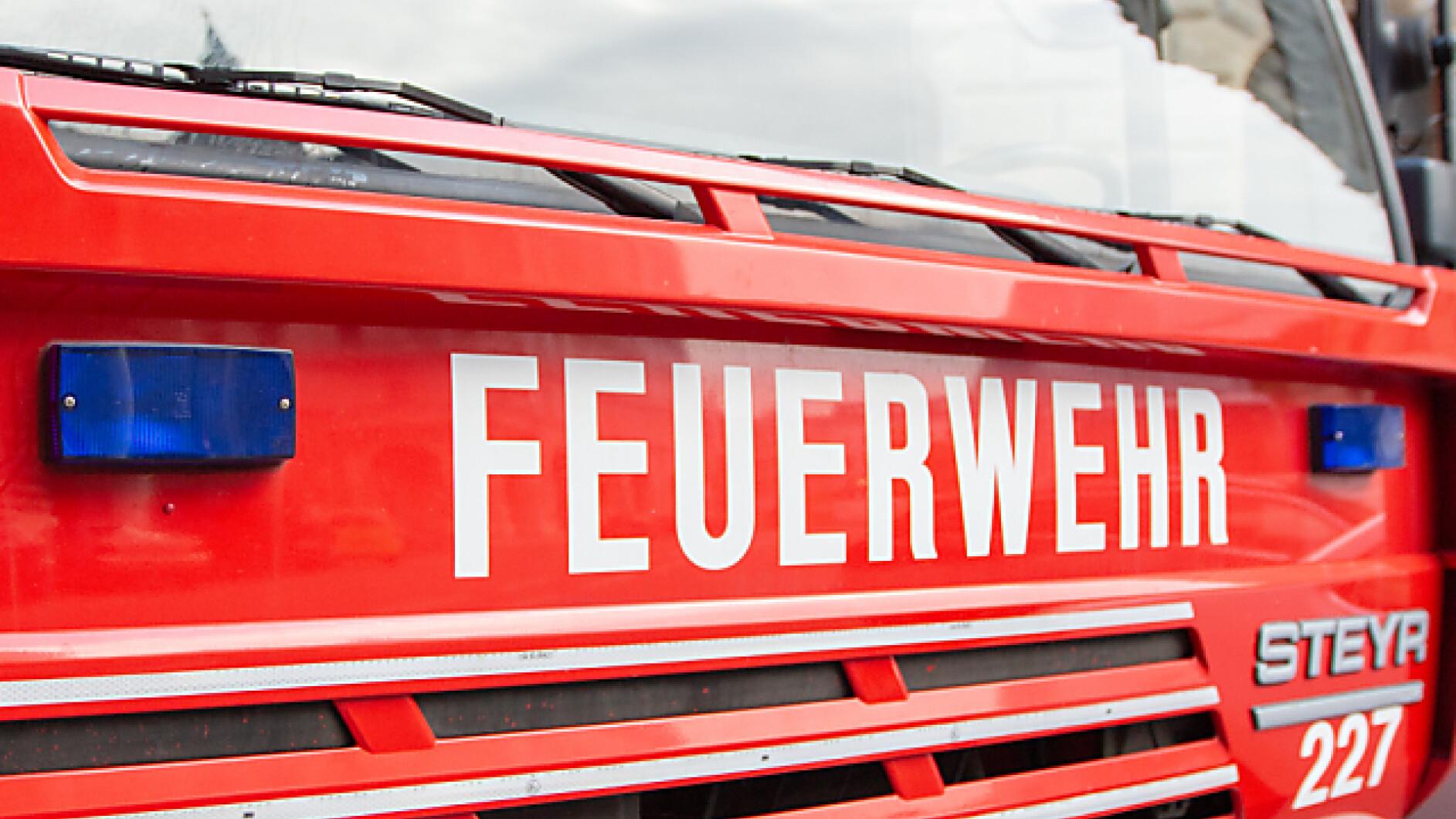 Brand-in-Einfamilienhaus-Brand-in-Pinkafeld-Kind-und-zwei-Erwachsene-verletzt