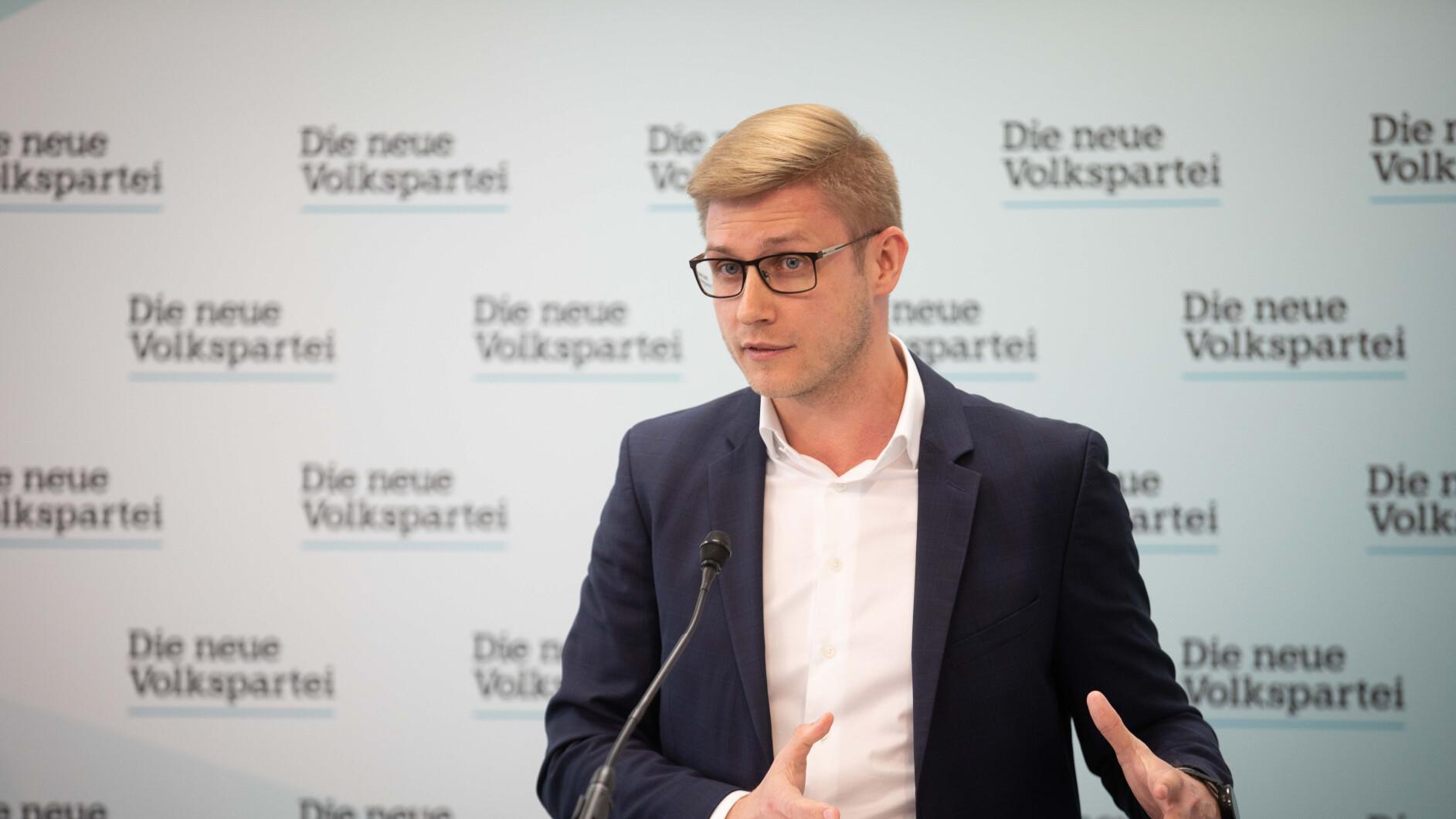-VP-gegen-SP-Neuer-Schlagabtausch-um-Commerzialbank