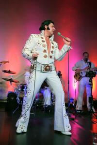 """Wimpassing hristian Lackinger alias """"Lucky Dean Luciano"""" Von """"Elvis"""" zu """"Peter"""""""