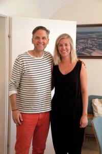 Groß im Denken und als Mensch. Calexico-Gründer und Sänger Joey Burns im Gespräch mit BVZ Redakteurin Vanessa Bruckner.