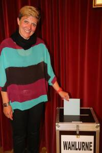 Kandidatin Karin Hirczy-Hirtenfelder  Jennersdorf