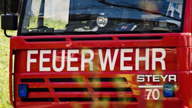 Sechs Feuerwehr-Fahrzeuge waren im Einsatz