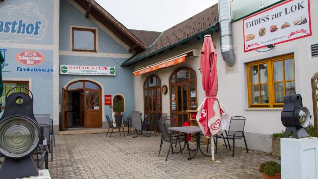 """Lokal Gasthof Zur Lok  """"Eat und Chill Zur Lok"""""""