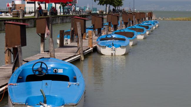 Neusiedler See Boot Elektroboot Symbolbild