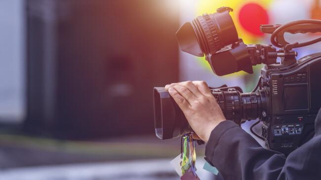 Symbolbild Video Kamera Film filmen Videokamera