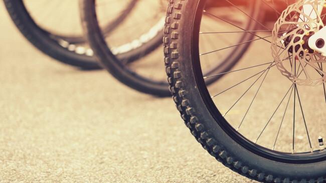 Rad Fahrrad Symbolbild