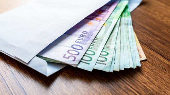 Bargeld Geld Symbolbild