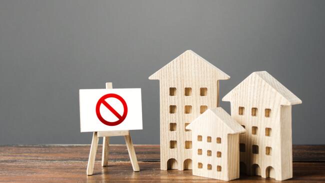 Baustopp Bauen Bauvorhaben Symbolbild