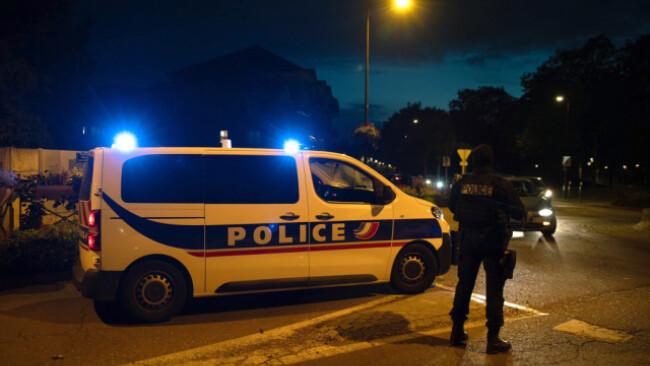 Polizei sperrte den Umkreis des Tatorts weitläufig ab