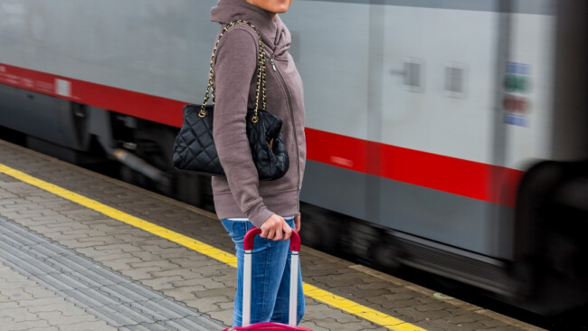 Verkehr Bahnhof Bahn Zug