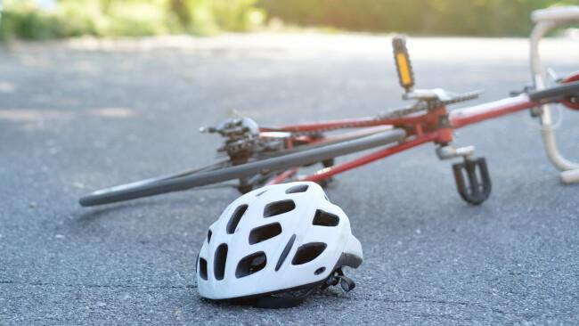 Radfahrer Unfall Radunfall Radfahrunfall Symbolbild