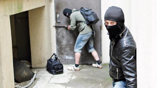Einbruch Einbrecher Diebstahl Diebe Symbolbild