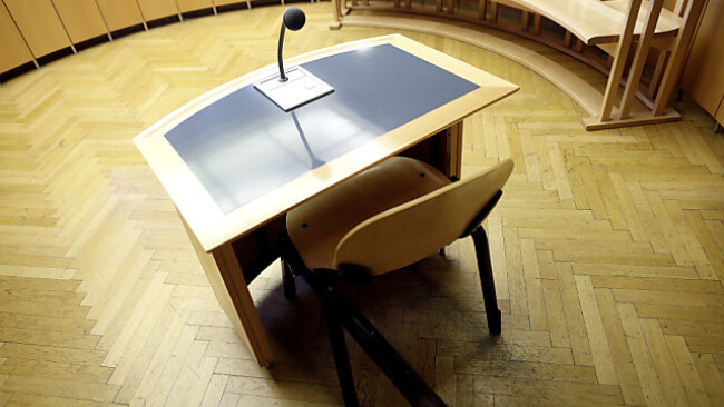 Der Anwalt wird sich auf dem Angeklagtenstuhl wiederfinden