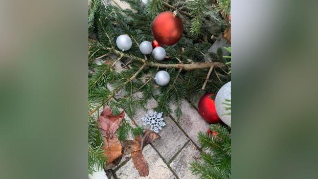 christbaum beschädigt