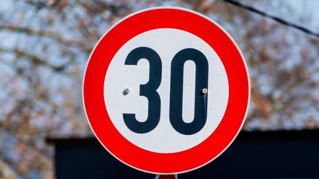 30er Symbolbild