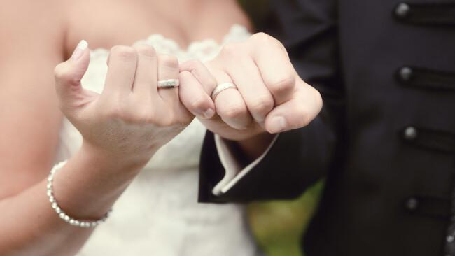 Standesamt Hochzeit Standesbeamte Heirat Standesbeamter Standesbeamtin Standesbeamten Symbolbild