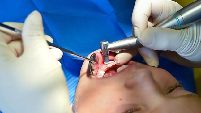In der Zahnmedizin wird Amalgam nach wie vor verwendet