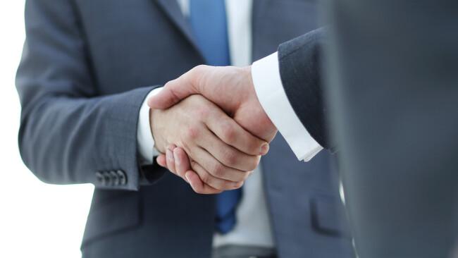 Shakehands Shake Hands Handeschütteln Einigung Symbolbild