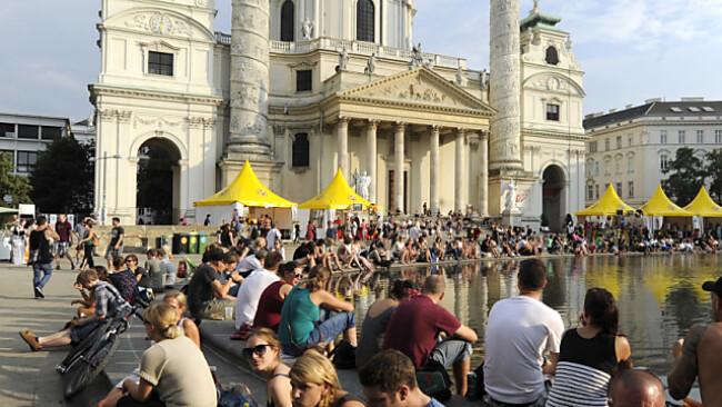 Am Karlsplatz wird es so bald keine Freiluft-Filvorführung mehr geben