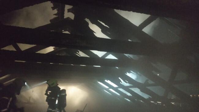 Dachstuhlbrand in Neufeld