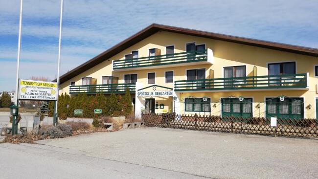 Neusiedl am See OSG will Tennishalle kaufen