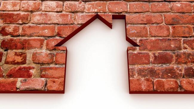 Bauen Wohnen Ziegel Haus Symbolbild