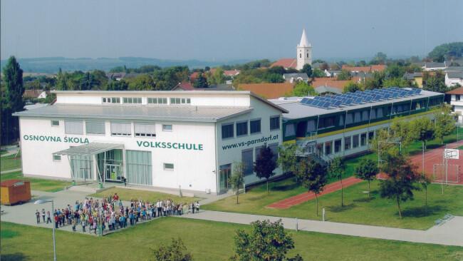 440_0008_7704260_nsd40pau_volksschule.jpg