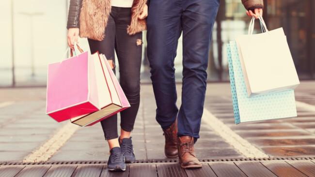 Sackerl, Tüte, Shopping, Symbolbild, Paar, Einkaufen, Handel