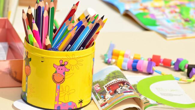 Kindergarten Kinder Zeichnen Malen Symbolbild
