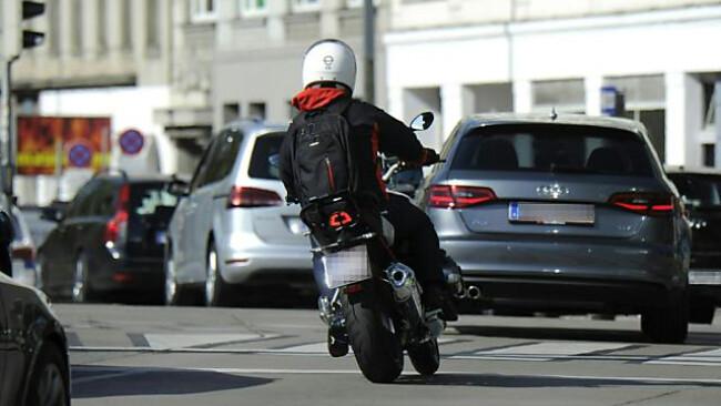 Mehrere Zweiradunfälle in Oberösterreich