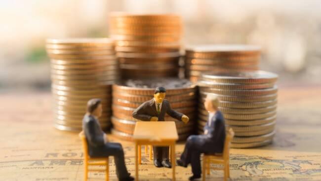 Geld Investitionen Beschluss Gemeinderatsbeschluss Sitzung Gemeinderatssitzung Symbolbild