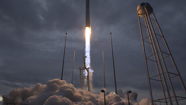 """Der Start der """"Antares""""-Rakete erfolgte am Sonntag"""