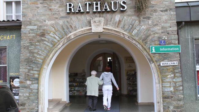 440_0008_7135471_owz01pko_vorschau_sgues_rathaus_1_.jpg