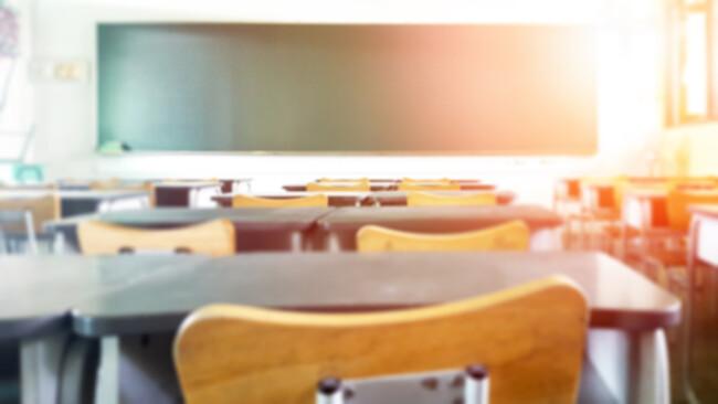 Schule Klassenraum Schuklasse Klasse Klassenzimmer Symbolbild
