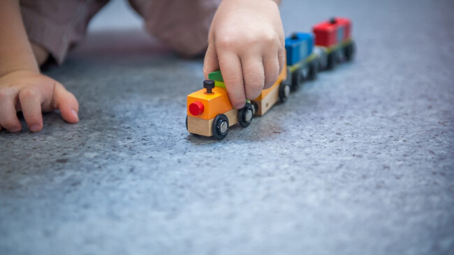 Kindergarten Kleinkind Spielzeug Symbolbild