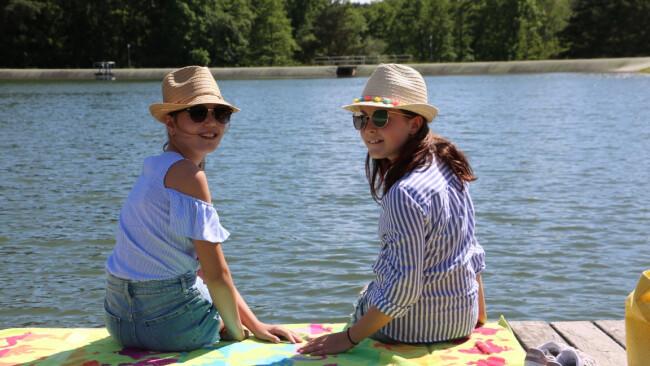 Sonnensee Mädels am See
