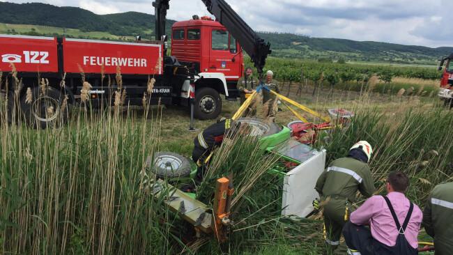 Traktor stürzte in Graben Donnerskirchen