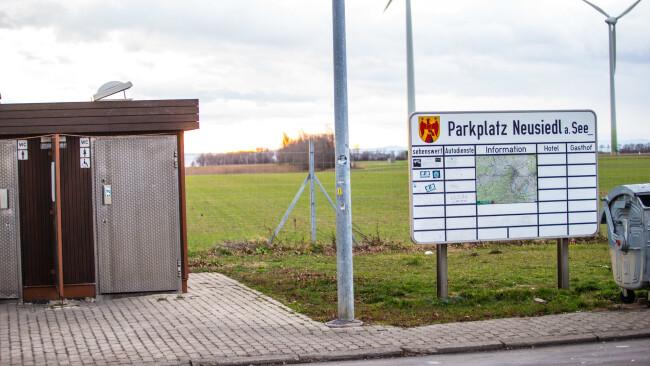 440_0008_6785897_nsd50pia_parkplatz_a4_neusiedl.jpg