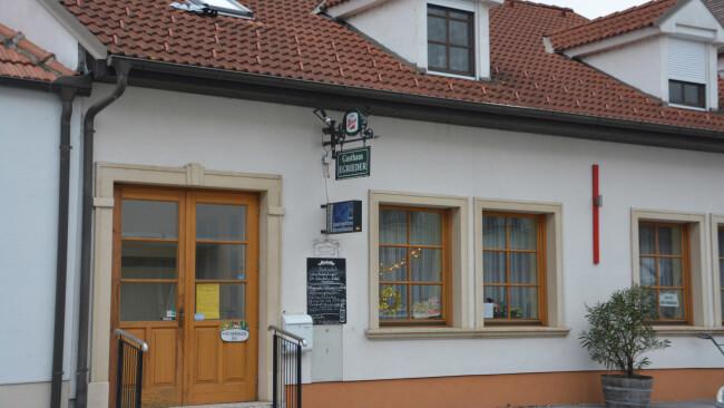 Breitenbrunn Gasthaus Egrieder Kegelbahn schließt Symbolbild