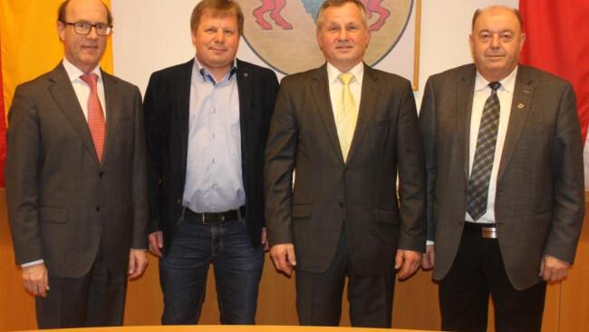 Bürgermeister Bürgermeisterwechsel in Draßmarkt Anton Wiedenhofer folgt Rudolf Pfneisl