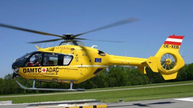 Zur Bergung wurde ein Hubschrauber eingesetzt