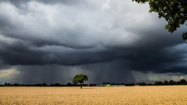 Sturm Unwetter Gewitter Wetter Symbolbild