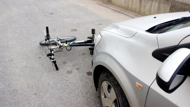 Fahrradunfall Radfahrer Fahrrad Rad Symbolbild