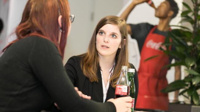 """Coke-Buddies""  Coca-Cola HBC-Mitarbeiter"