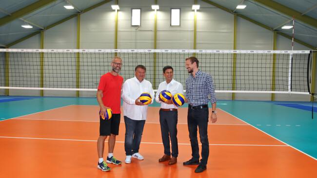 440_0008_7670514_eis35df_viva_volleyball.jpg