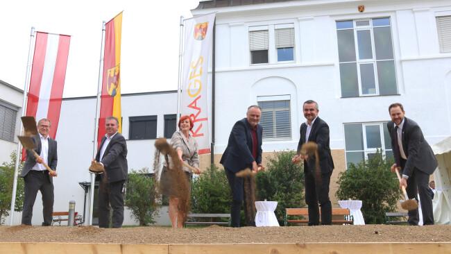 Spatenstich für KH-Zubau in Oberpullendorf Krankenhaus