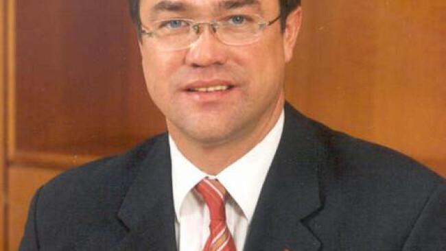 Web-Artikel 9904 Landesrat Peter Rezar: »Mit einer Abteilung können wir junge Ärzte ausbilden - und anheuern.«