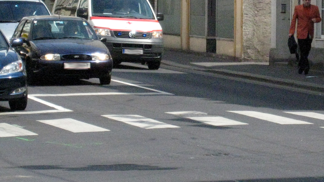 Zebrastreifen Symbolbild