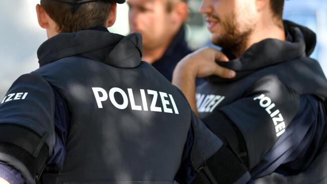 Polizei Tatort Symbolbild