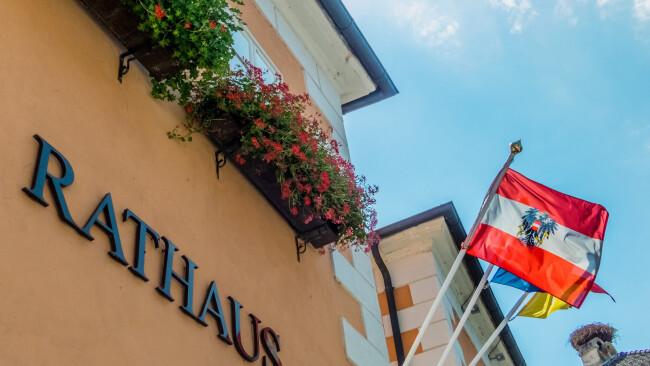 Symbolbild Rathaus Gemeinderat